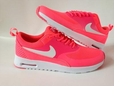 air max thea femme grise et rose
